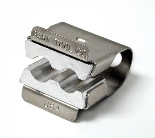 Держатель оси, 2 размера зажима, для передних и задних осей PTLAV-1