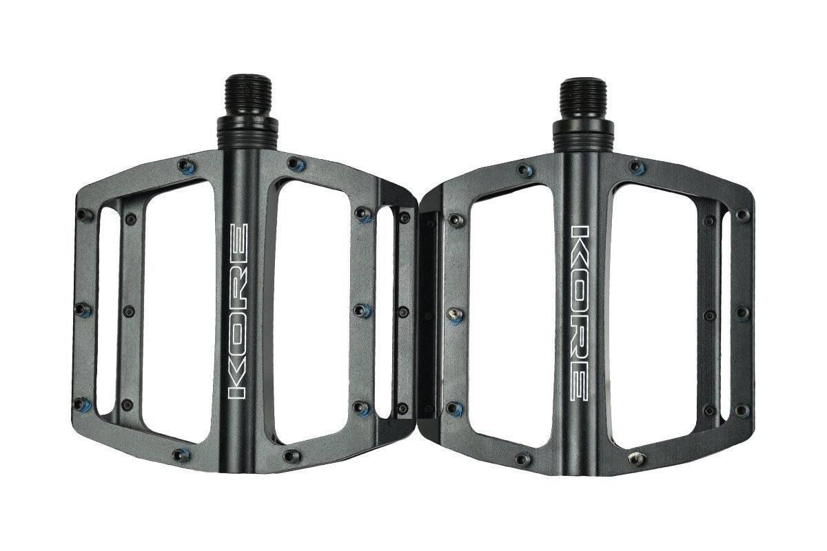 Педали велосипедные KORE, 92x98 мм, алюминий, ось Cr-Mo, 40 шипов 6 мм,306 гр, черные, KORE TORQ