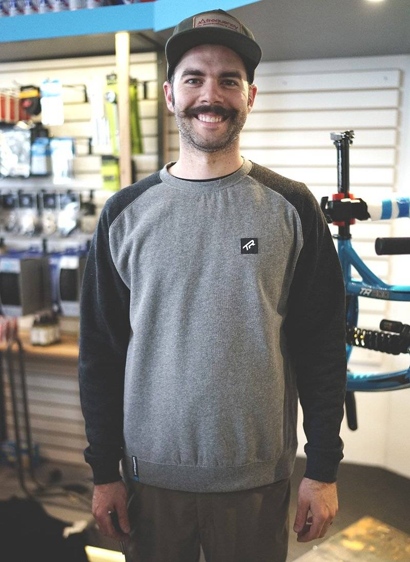 Свитер TBC Crewneck Sweatshirt (Style: Premium Tag, Color: Black/Grey, Size:, фото 1