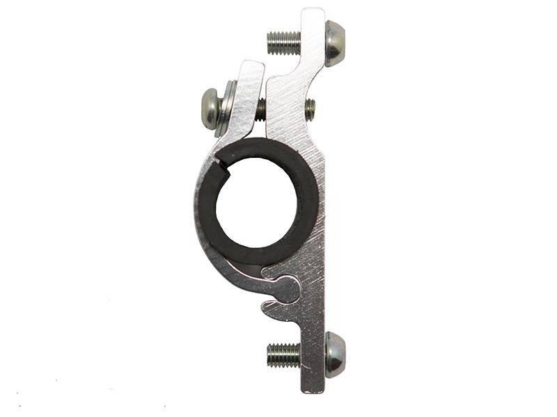 Фото - Адаптер для флягодержателя NUVO NH-CH01A, на руль D:22.2-25.4 мм, алюминий, серебристый, NH-CH01A адаптер b twin крепеж для флягодержателя на руль на вынос руля или на подседельный штырь