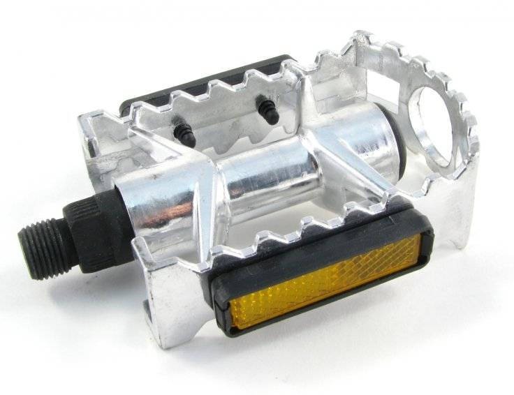 Педали алюминиевые 103*78мм серебристые MX-P801