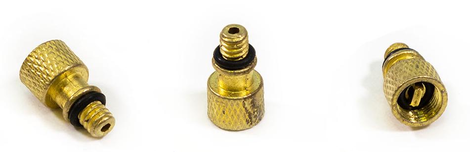 Переходник Bee Pump,, резьбовой, с велонипеля на автонипель, сталь, для шланга ручного насоса, D9